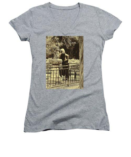 The Thinker Women's V-Neck T-Shirt