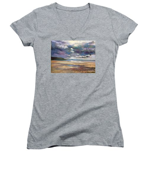 Tide's Retreat Women's V-Neck