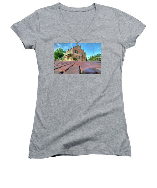 Western House Women's V-Neck T-Shirt