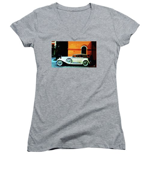 1930 Isotta-fraschini Women's V-Neck T-Shirt