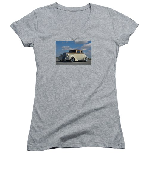 1935 Ford Coupe Hot Rod Women's V-Neck