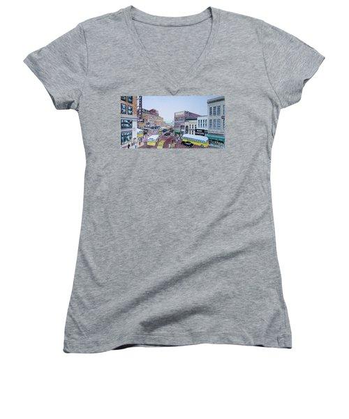 1948 Rush Hour Portsmouth Ohio Women's V-Neck T-Shirt (Junior Cut) by Frank Hunter