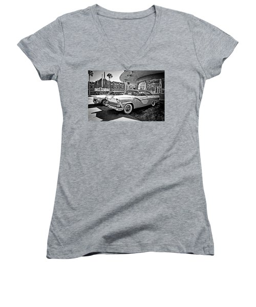 1955 Fairlane Crown Victoria Bw Women's V-Neck (Athletic Fit)