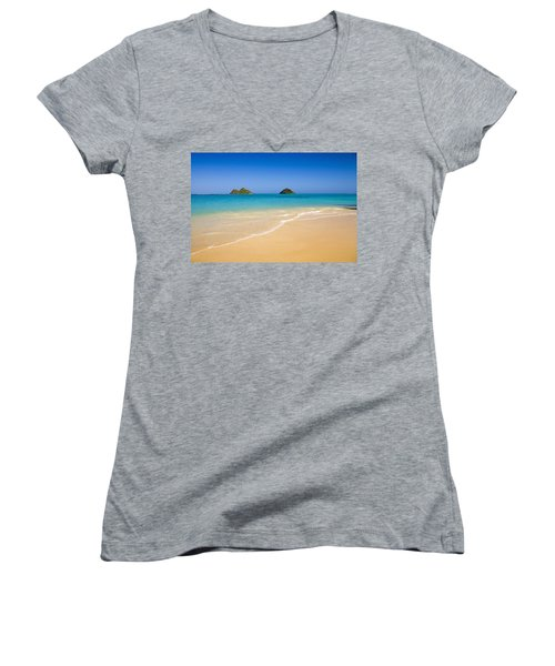 Lanikai, Mokulua Islands Women's V-Neck T-Shirt