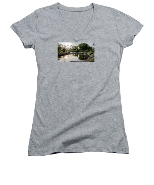 Midwest Sunset Women's V-Neck