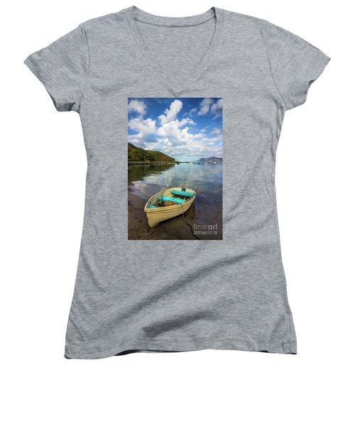 Morfa Nefyn Women's V-Neck T-Shirt