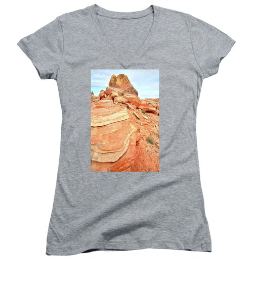 Valley Of Fire High Country Women's V-Neck