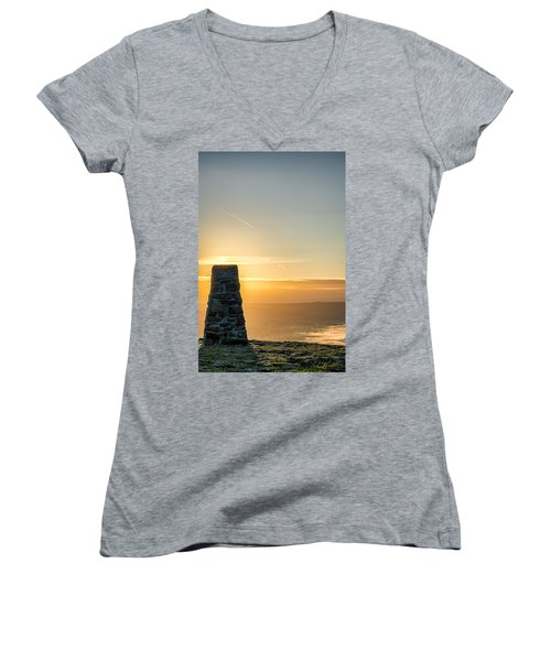 View Over The Hope Valley From Mam Tor At Dawn Women's V-Neck