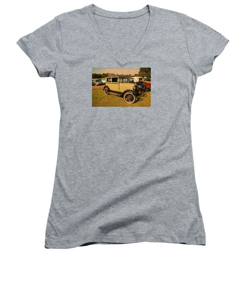 Antique Car Women's V-Neck (Athletic Fit)