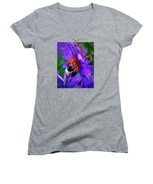 Bee On Purple Flower Women's V-Neck T-Shirt