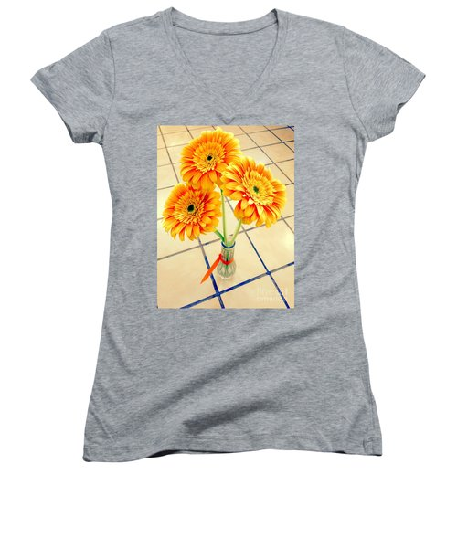 3 Golden Yellow Daisies Gift To My Beautiful Wife Suffering With No Hair Suffering Frombreast Cancer Women's V-Neck T-Shirt (Junior Cut) by Richard W Linford