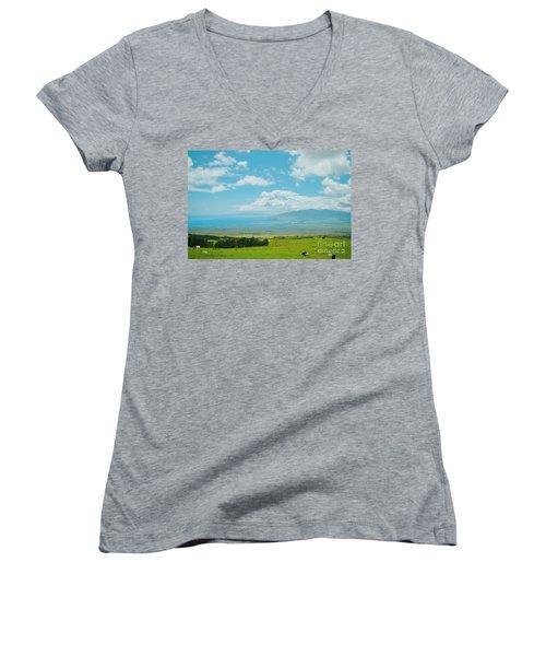 Kula Maui Hawaii Women's V-Neck T-Shirt (Junior Cut) by Sharon Mau
