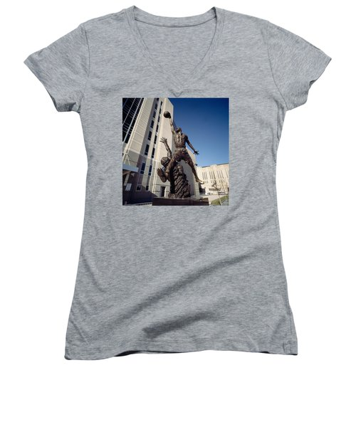 Low Angle View Of A Statue In Front Women's V-Neck T-Shirt (Junior Cut) by Panoramic Images