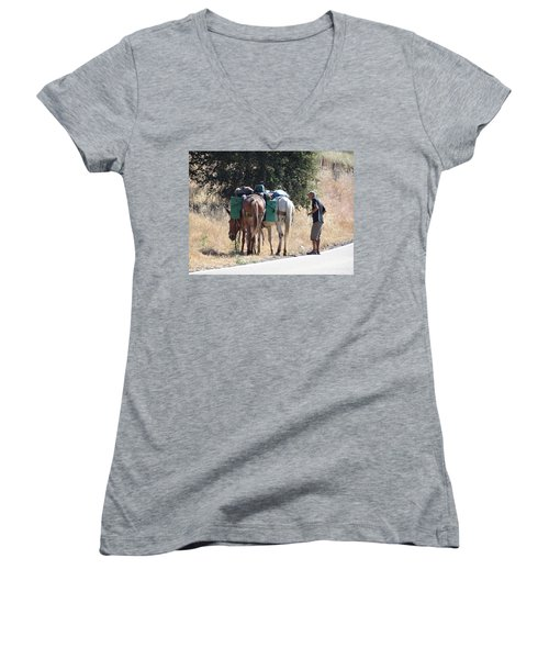 3 Mules Women's V-Neck (Athletic Fit)