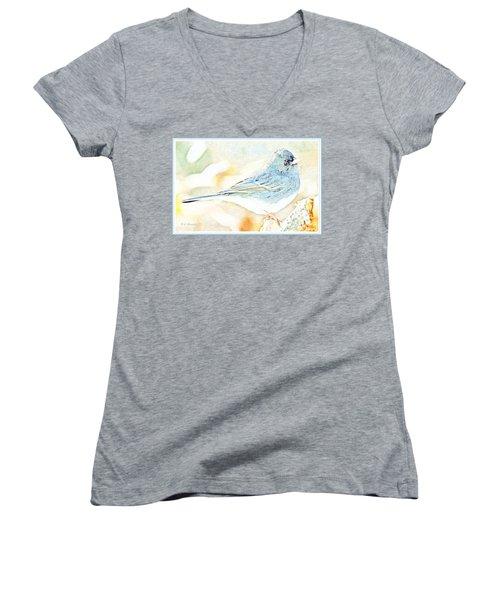 Slate-colored Junco, Snowbird, Male, Animal Portrait Women's V-Neck