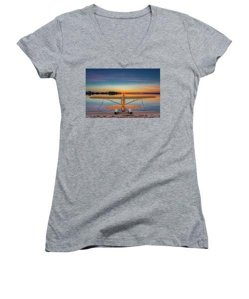 Splash-in Sunrise  Women's V-Neck T-Shirt