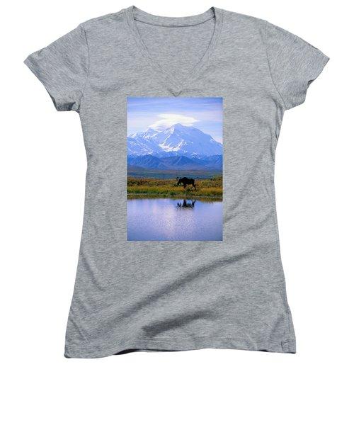 Denali National Park Women's V-Neck T-Shirt