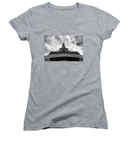 Women's V-Neck T-Shirt (Junior Cut) featuring the photograph Paris by Hayato Matsumoto