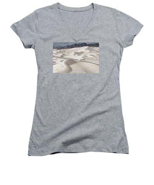 Dumont Dunes 5 Women's V-Neck T-Shirt