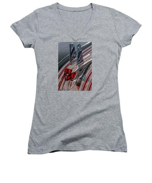 53 Pontiac Chieftan Hood Ornament Women's V-Neck T-Shirt