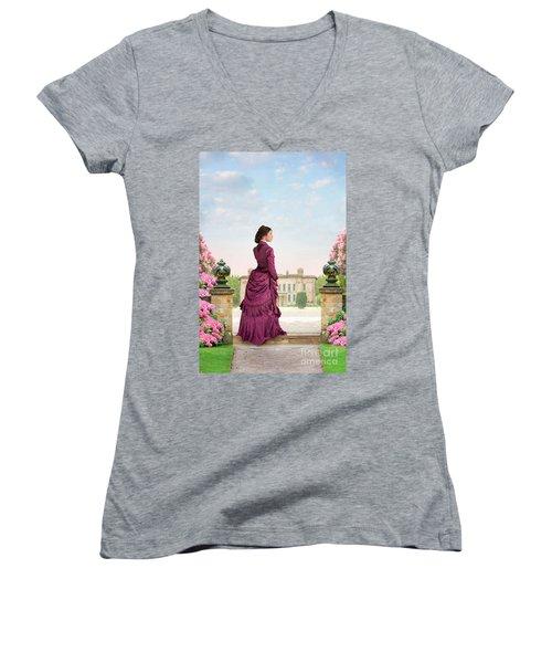 Beautiful Victorian Woman Women's V-Neck T-Shirt