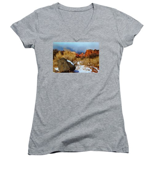 Captiol Reef National Park  Women's V-Neck (Athletic Fit)