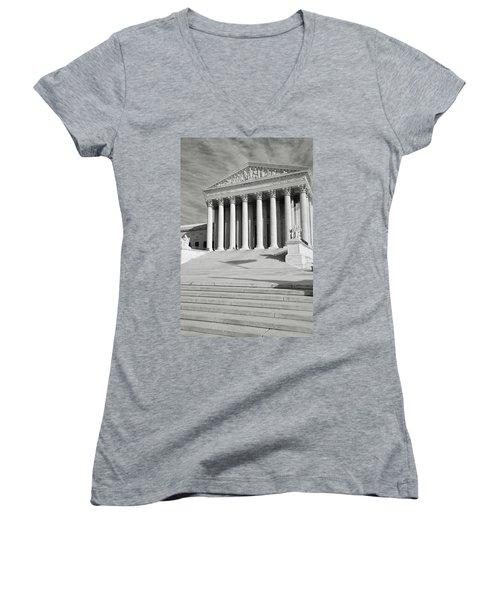 Supreme Court Of The Usa Women's V-Neck