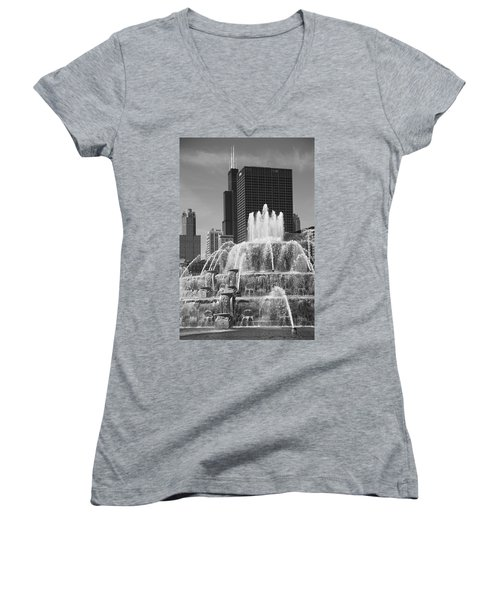 Chicago Skyline And Buckingham Fountain Women's V-Neck T-Shirt