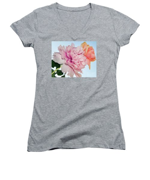 Two Flowers Women's V-Neck T-Shirt