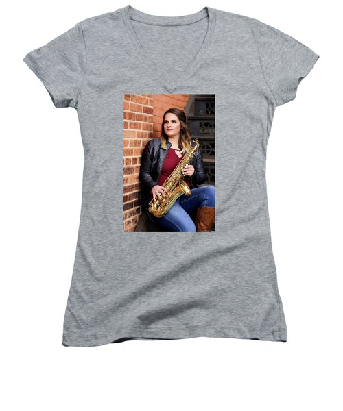 9g5a9476_e_pp Women's V-Neck T-Shirt (Junior Cut) by Sylvia Thornton