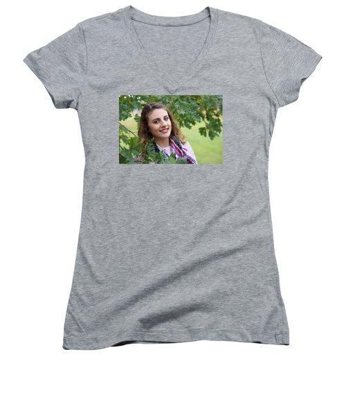 9g5a9658_ee_pp Women's V-Neck T-Shirt (Junior Cut) by Sylvia Thornton