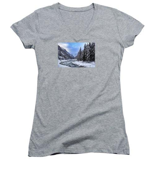 A Cold Winter Day  Women's V-Neck T-Shirt (Junior Cut) by Lynn Hopwood