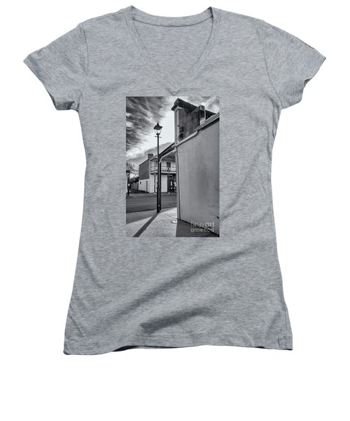 Women's V-Neck T-Shirt featuring the photograph A Glimpse by Linda Lees