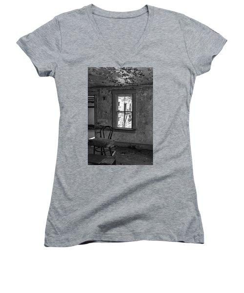 Abandon House Living Room Women's V-Neck T-Shirt (Junior Cut) by Betty Pauwels