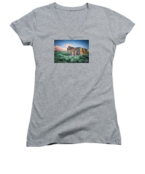 Abandoned In America Women's V-Neck T-Shirt