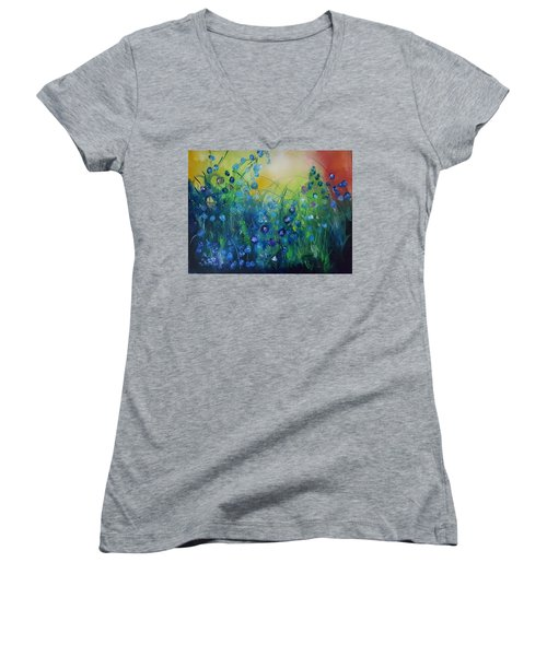 Abstract Flax           31 Women's V-Neck