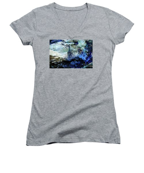 Abstract Runoff Women's V-Neck (Athletic Fit)