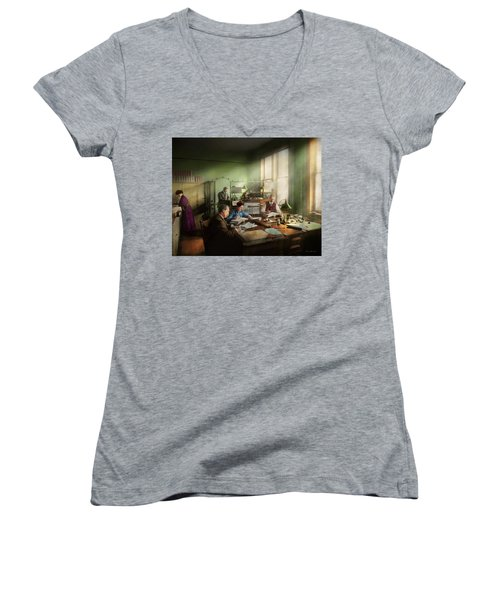 Women's V-Neck T-Shirt featuring the photograph Accountant - The- Bookkeeping Dept 1902 by Mike Savad