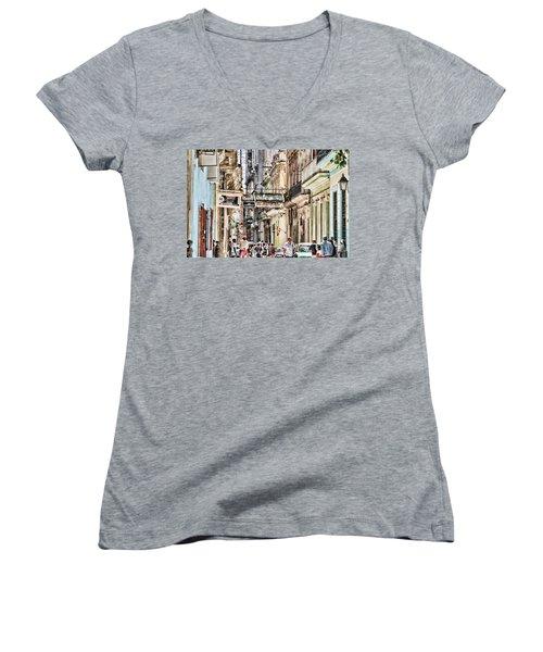 Aire Acondicionado Women's V-Neck T-Shirt