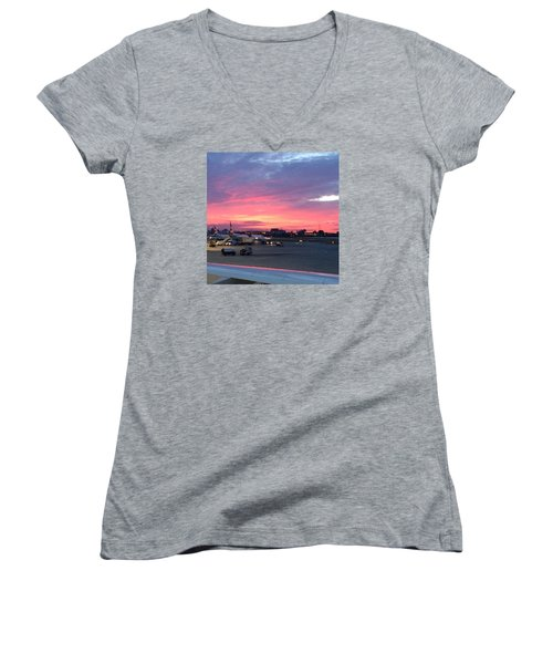 London City Airport Sunset Women's V-Neck T-Shirt (Junior Cut) by Patsy Jawo