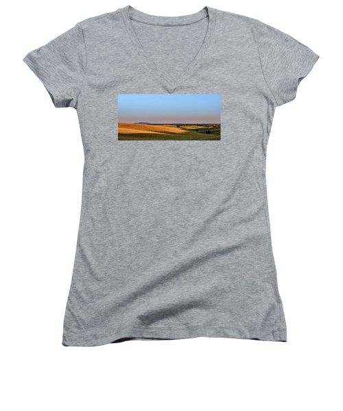 Alentejo Fields Women's V-Neck T-Shirt
