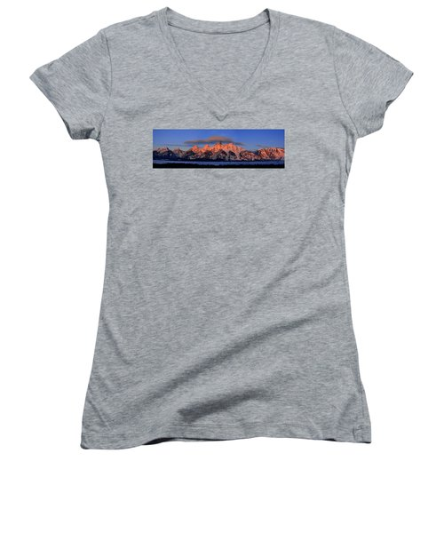 Alpenglow Tetons 2 Women's V-Neck (Athletic Fit)