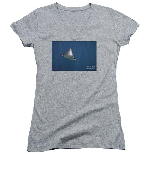 Amazing Stingray Underwater In The Deep Blue Sea  Women's V-Neck T-Shirt