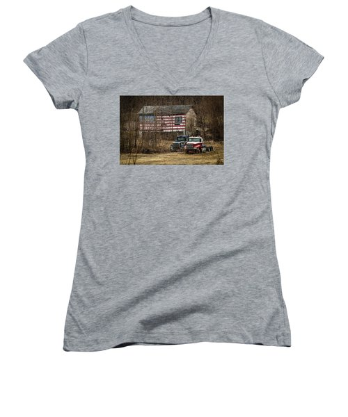 American Dream Women's V-Neck T-Shirt (Junior Cut)