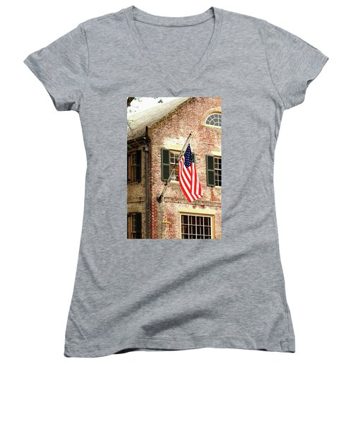 American Flag In Colonial Williamsburg Women's V-Neck T-Shirt (Junior Cut) by Emanuel Tanjala