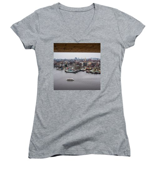 Amsterdam Skyline Women's V-Neck T-Shirt (Junior Cut)