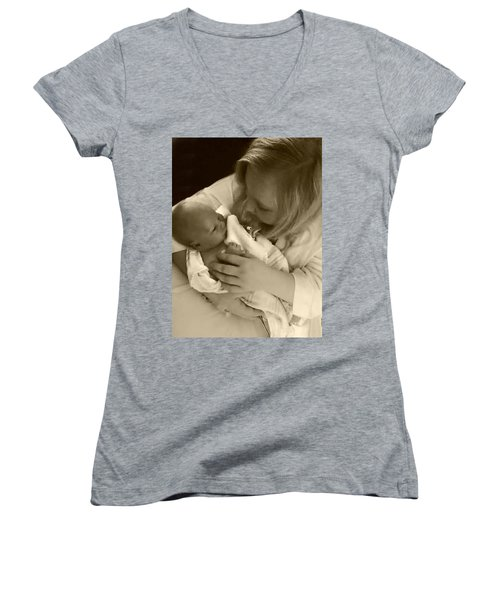 Annah With Newborn  Women's V-Neck T-Shirt (Junior Cut) by Ellen O'Reilly