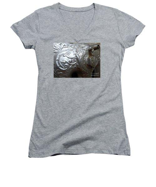 Antique Radiator Close-up Women's V-Neck T-Shirt