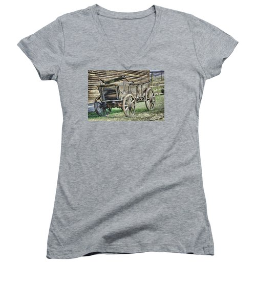 Antique Wagon Women's V-Neck (Athletic Fit)
