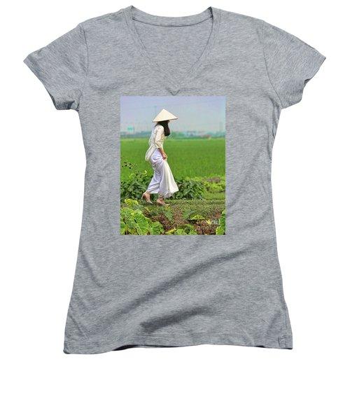 Ao Dai II Women's V-Neck T-Shirt (Junior Cut) by Chuck Kuhn